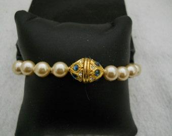 Vintage Pearl Rhinestone Bracelet By Nolan Miller #151