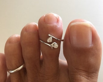 Sterling Silver Adjustable Toe Ring W/ CZ, Midi Ring, Pinky Ring, Knuckle Ring