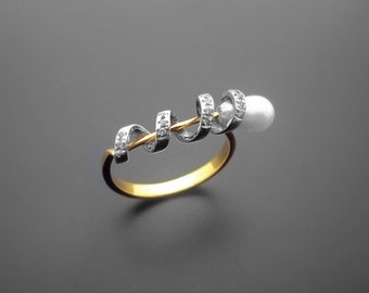 VA020,Diamond Ring,  14k Yellow Gold,  14k White Gold,  Pearl