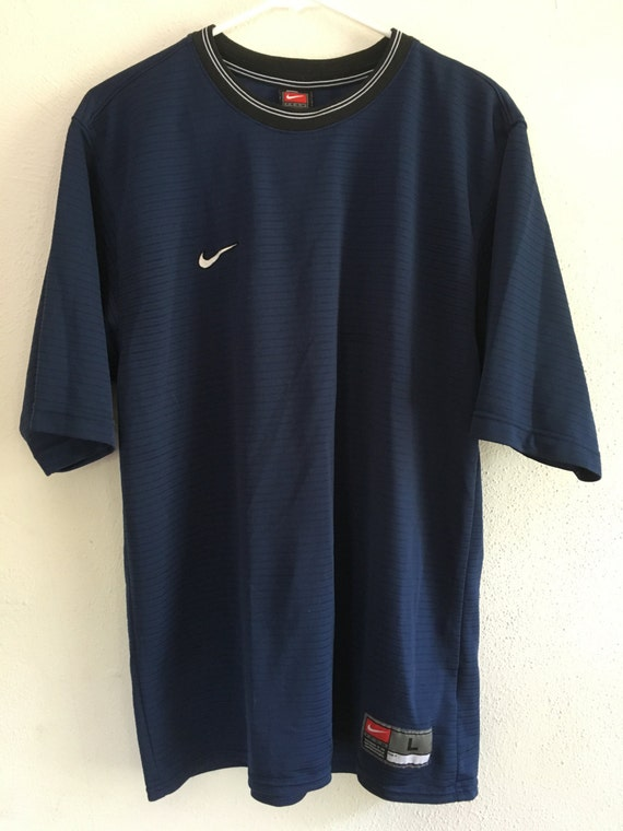 Navy blue men 39 s nike shirt for Navy blue and white nike shirt