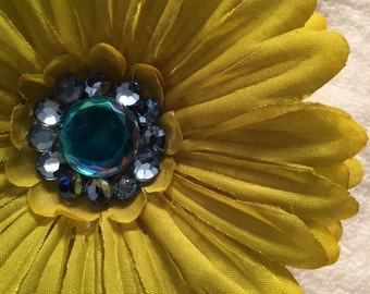 Green Daisy Barrette