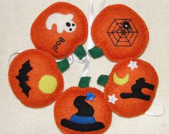 Wool Felt Pumpkin Ornament, Set of 5, Halloween Decor, Pumpkins Ornament Set