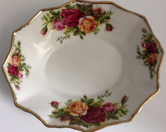 Vintage Royal Albert Old Country Roses Sweet/Candy Dish
