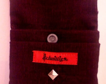 Cigarette case dark red with rivets