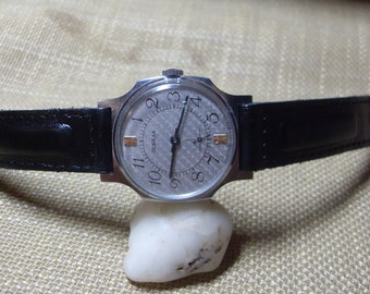 Vintage Mens Watch Victory Pobeda, Mechanical Watch, Mens Wrist Watch, Services Watch, Working Condition Watch 1980