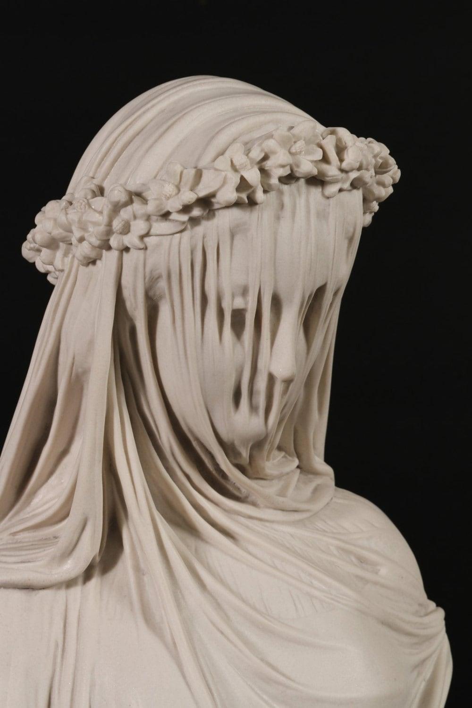 Lady Bride Classical Carrara Marble 72