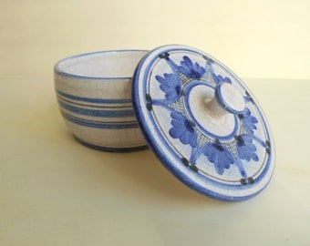 vintage lidded bowl / 1980s