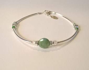 Bracelet 925 Silver Bangle quarter and Central Emerald shaped pellet 8mm perfect for a gift for her