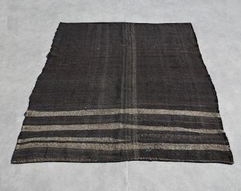 Outdoor kilim rug