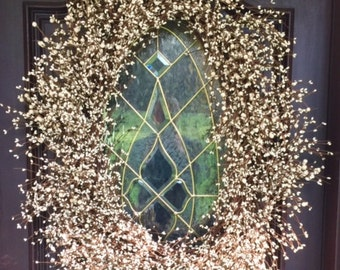 Absolutely Gorgeous, Xtremely full Cream, Mixed Berry, Oval Wreath-Very Large-37""
