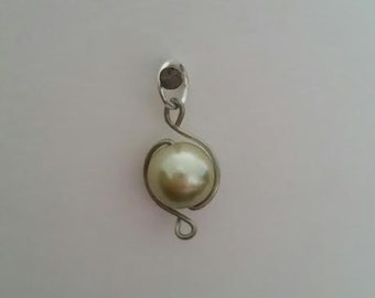"Champagne colored ""pearl"" wire wrap"