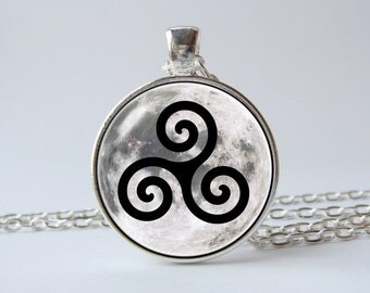 Teen wolf spiral necklace Teen wolf jewelry Triskelion necklace Teen wolf pendant Gift for him Spiral symbol necklace Men jewelry Alpha
