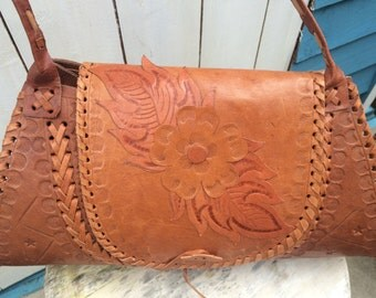 vintage tan leather bag/tooled/boho/indie