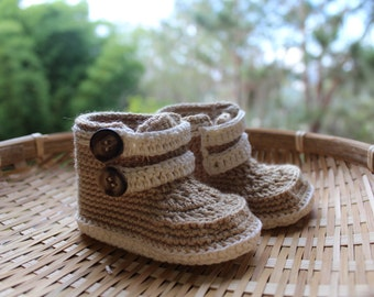 "Crochet Baby Shoes ""Manuel"""