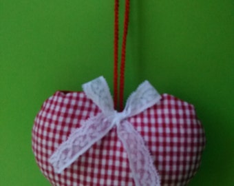 Gingham and lace heart