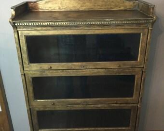Shabby chic display cabinet