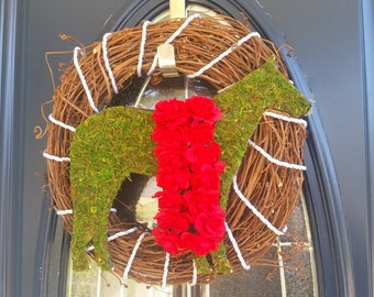 Wreath- Derby Winner Grape Vine with Thoroughbred and Blanket of Roses