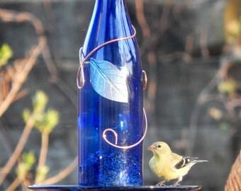 Wine bottle bird feeder, birdfeeder, handmade, bird lover, gift for mom, outdoor decor, housewarming gift, wine bottle decor