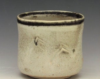 Porcelain Mountain Yunomi
