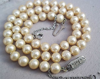 Vintage Art Deco 1930's Pearl Necklace with Rhinestone Clasp
