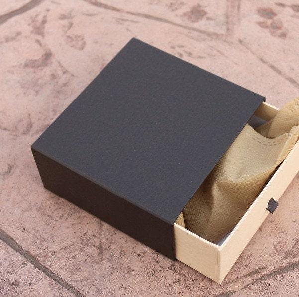 Black and kraft color belt boxes kraft paper belt boxes for Black box container studios
