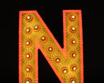 """Old letter """"Vegas-style"""" - """"N"""" - from an old CASINO lettering - unikatäres object rebuilt as illuminated"""