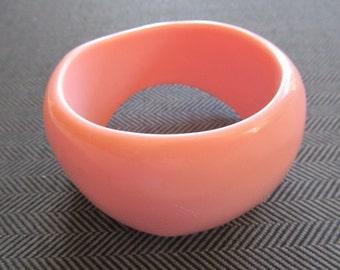 Vintage Pink Rockabilly Bangle Bracelet Lucite