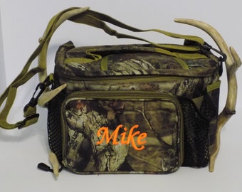 Camo Lunch bag, Personalized lunch tote, Insulated lunch bag, Perfect for Work, Camping and Hunting