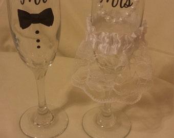 Mr & Mrs Wedding Day Glasses