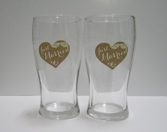Wedding Toasting Glasses - Just Married, Personalised Beer Glasses, Custom Wedding Glasses, Set of 2, Wedding Gift