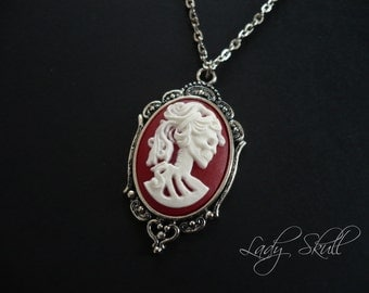Skull cameo necklace - White and red on silver