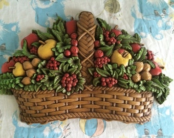 1978 Homco Fruit basket wall plaque - plastic made in USA - 7533-a