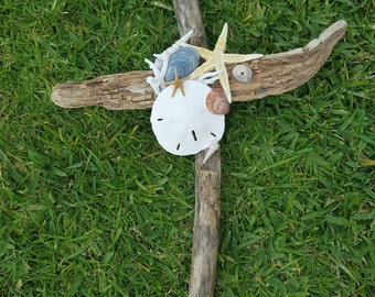 Beautiful Driftwood Cross