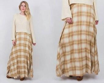 Sale---70s VINTAGE plaid pleated maxi skirt size S / M