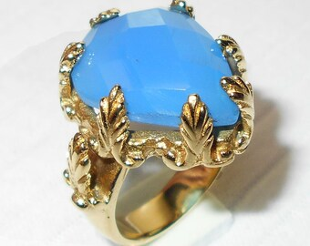 Blue Chalcedony Ring / Ring with blue chalcedony stone