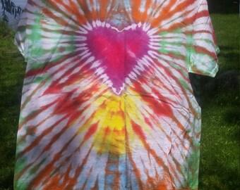 Heart burst tie dye Xlarge
