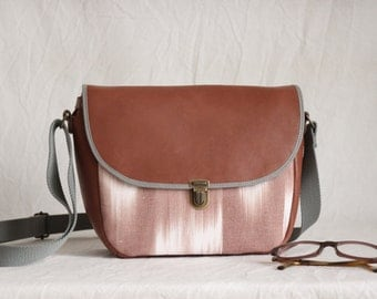 Small shoulder bag leather and cotton cloth, cognac, Brown and flame pattern