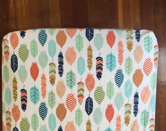 Multicolor Feather Crib Sheet/ Feather Crib Bedding/ Nursery Crib Bedding/ Changing Pad Cover