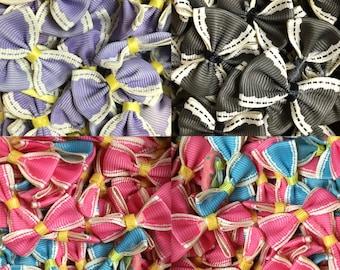"50-pieces 1.2""- 14"" (30-35mm) Grosgrain Ribbon Mini Bow Appliques"