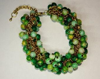 Spring bracelet made of beads