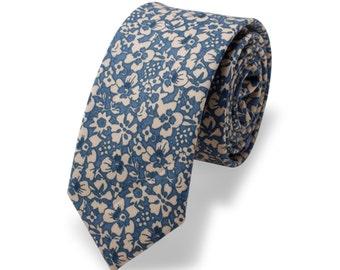 Wedding Tie, Mens Floral Tie. Handmade Skinny tie, Mens skinny necktie, Floral necktie
