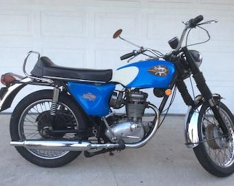 Vintage British 1968 BSA motorcycle runs great!