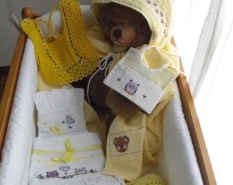 sleeping baby layette yellow