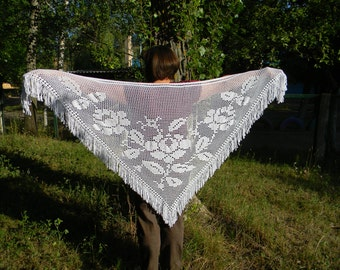 Wedding shawl white crochet shawl for bride Bridal Accessories fringe shawl plus size bride triangular shawl wrap knit Lace evening wear