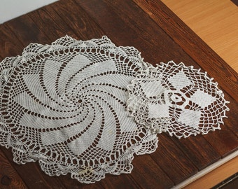 Set of 2 Vintage Ukrainian White Crochet Napkin White doily Crochet serviette Old overlay Lace 1940s pair of vintage lace doiles handmade