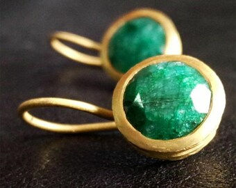 Chrysoprase earrings, silver plated. Chrysoprase earring, Silver gold plated. Gemstone jewelry.