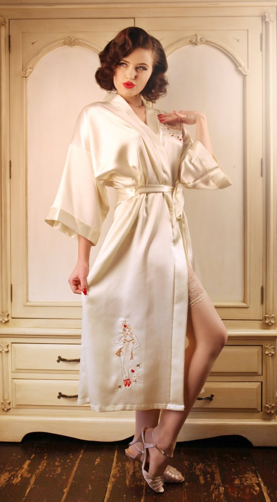 Vintage Inspired Nightgowns, Robes, Pajamas, Baby Dolls Tea cup Robe $170.65 AT vintagedancer.com