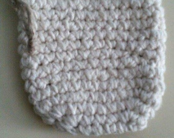 Cream Colored Knitted Pouch
