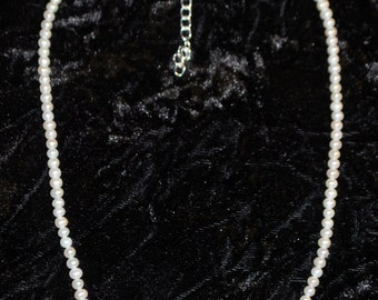 """KCN-5301 - 18"""" Fresh Water Pearl Necklace with 3"""" extender chain"""
