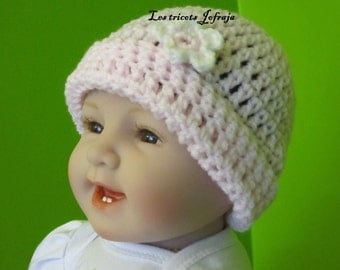 Hat pink with small flower (0-3 months)
